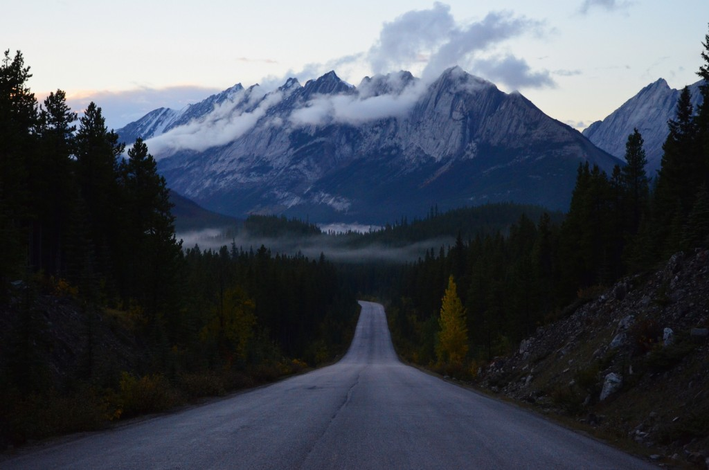 Maligne lake road